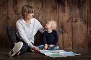 toddler and newborn schedule: toddler time with mom