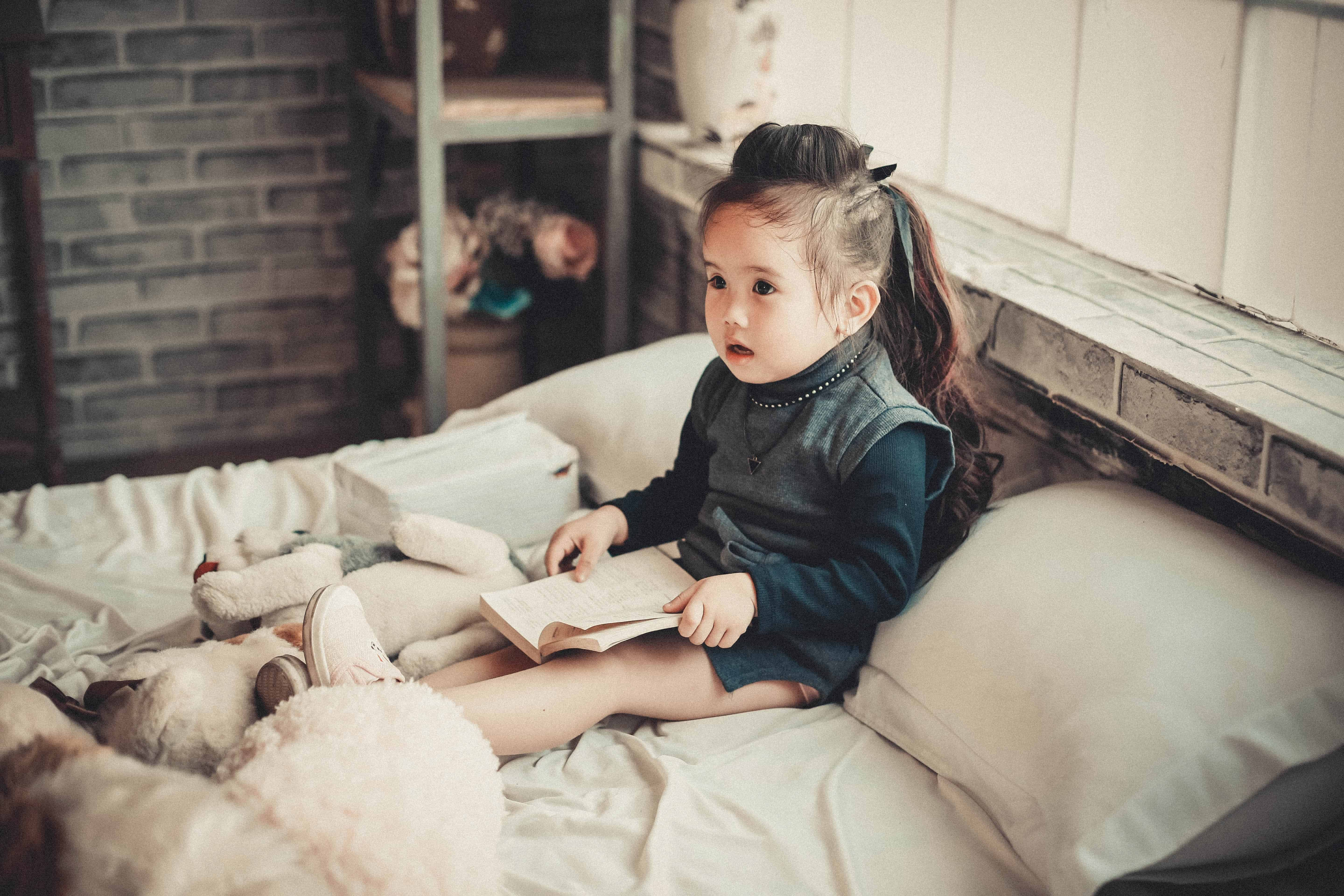 When to Transition to Toddler Bed: The Perfect Time (and ...